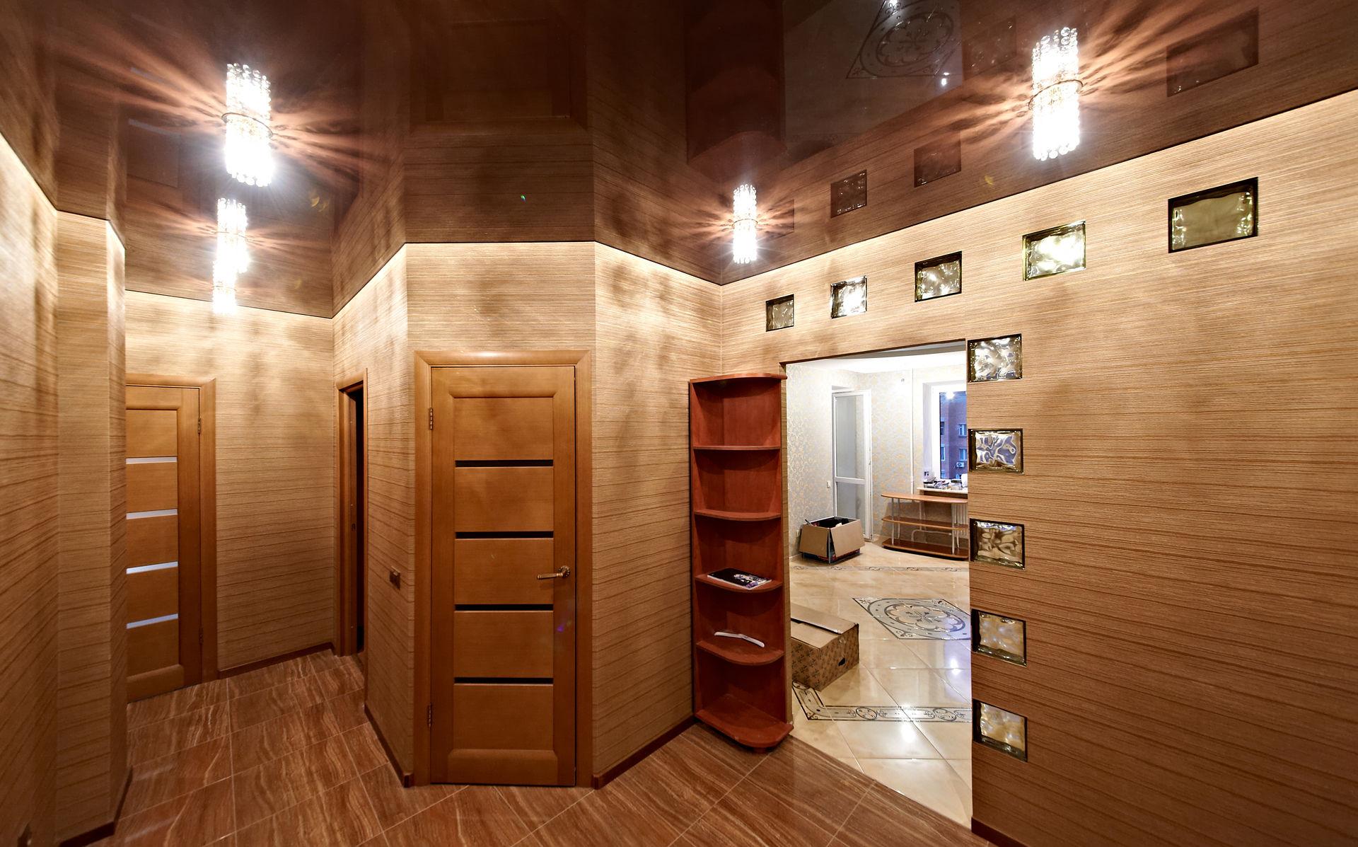 фото коридора с натяжными потолками как